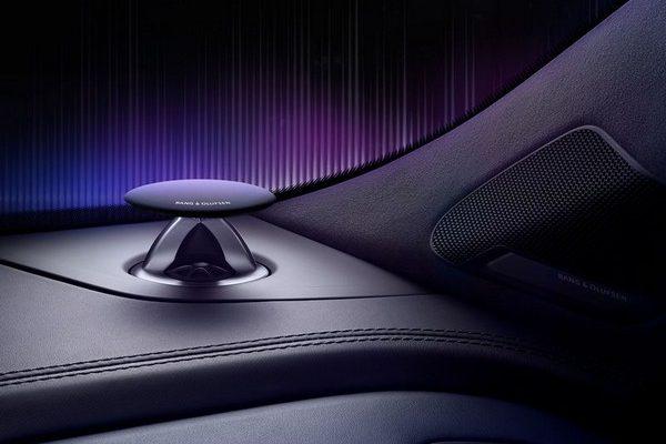 Audi Q7 Bang & Olufsen edition (200)