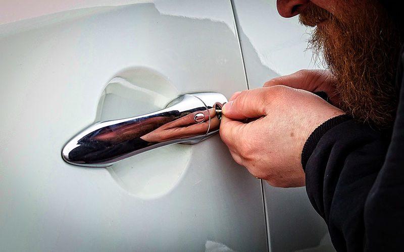 Как защититься от угона автомобиля: 10 простых советов