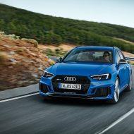 Audi RS4 (3)