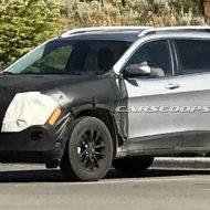 Jeep Cherokee 2019: первые фото и подробности о фейслифтинге
