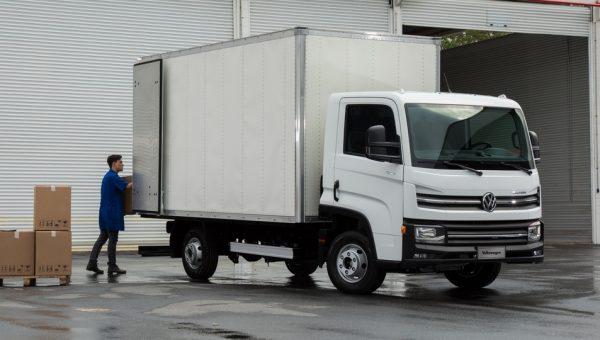 Volkswagen Delivery (2)