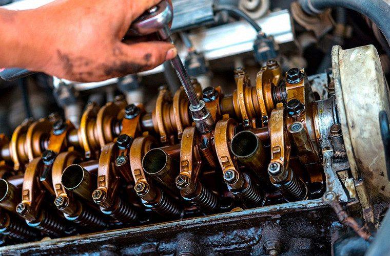 Двигатель ест масло причины