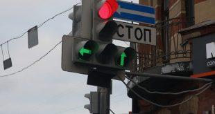 Тонкости ПДД и особенности дорожной инфраструктуры