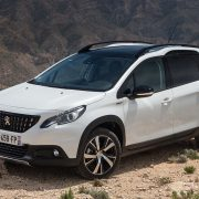 Обновленный Peugeot 2008: первые подробности
