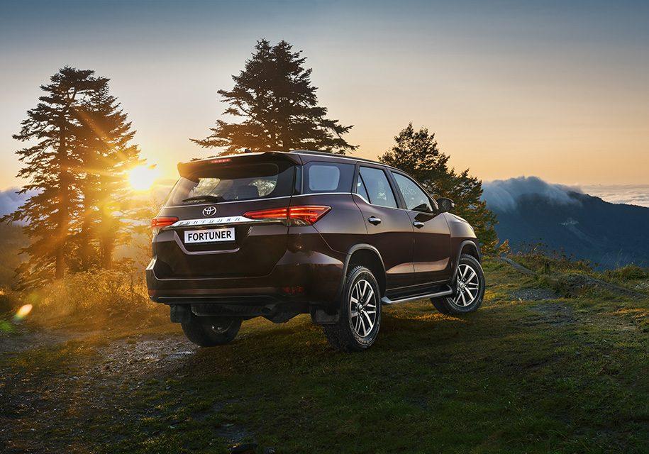 Тойота Фортунер 2017: цена и комплектации в России