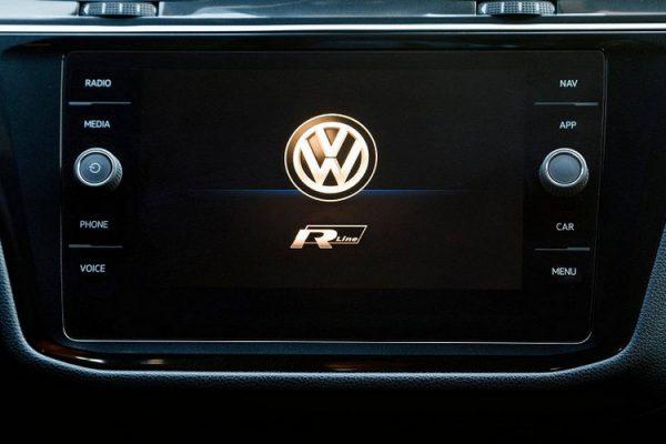Volkswagen-Tiguan-R-Line-2018_6