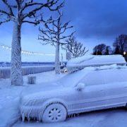Почему двигатель плохо запускается в мороз?