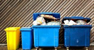 Запрет на парковку возле мусорных баков введут в 2018