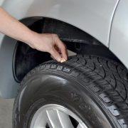 Почему надо обязательно менять местами шины на авто...