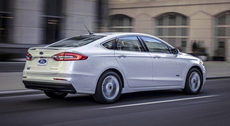 Форд Мондео 2019: все подробности о обновлении и старте продаж