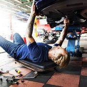 Автомобили по ОСАГО будут чинить «бэушными» запчастями