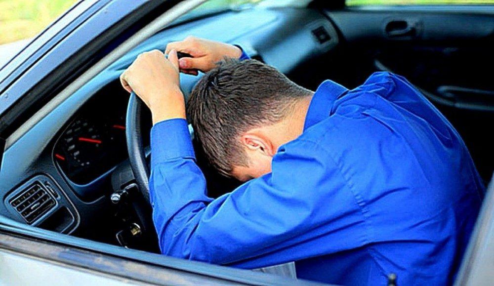 Ряд новых противопоказаний для вождения автомобиля в Украине