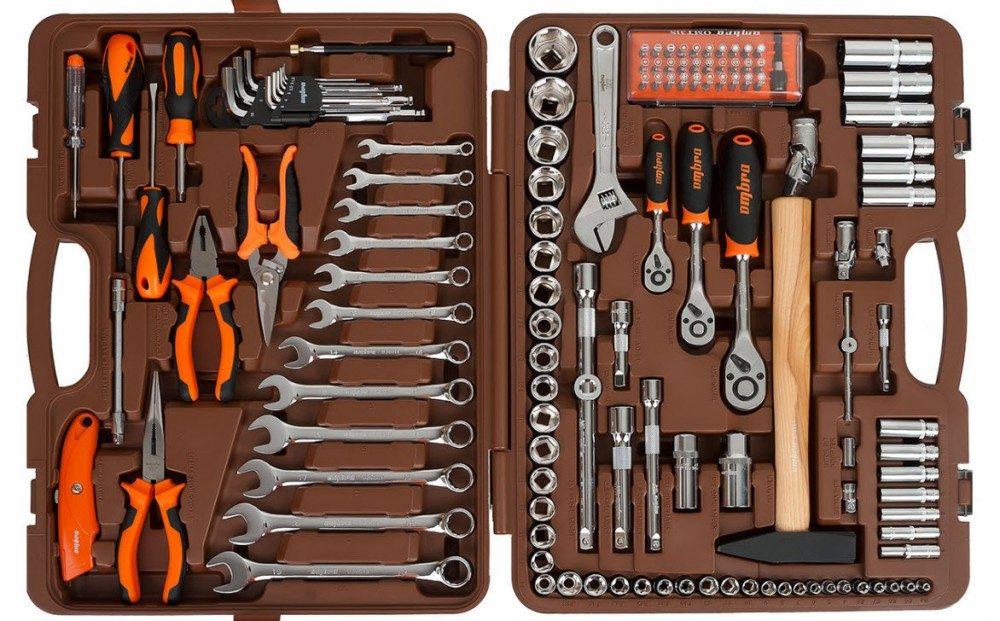 Что должно быть в гараже: 17 вещей для автолюбителя