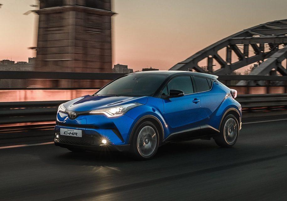 Toyota C-HR: комплектации и цена в России