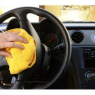 Как почистить салон автомобиля своими руками?