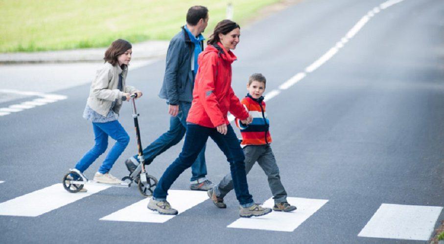 Cужения ширины дорог в жилых зонах и приподнятые «зебры»: чего еще ждать автомобилистам?