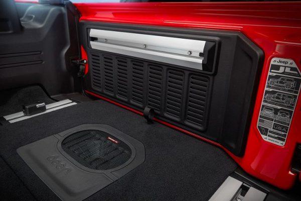 2018-Jeep-Wrangler-13