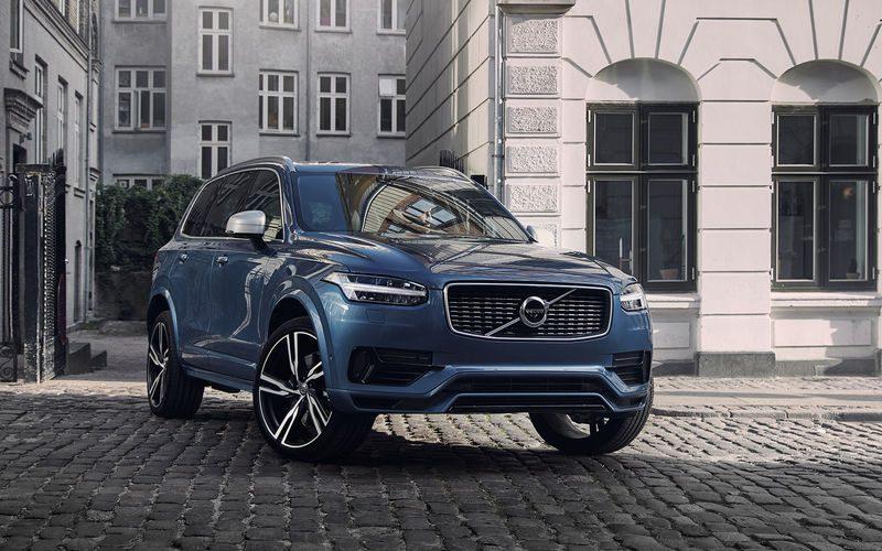 Volvo XC90 2018 в новом кузове: фото, цена