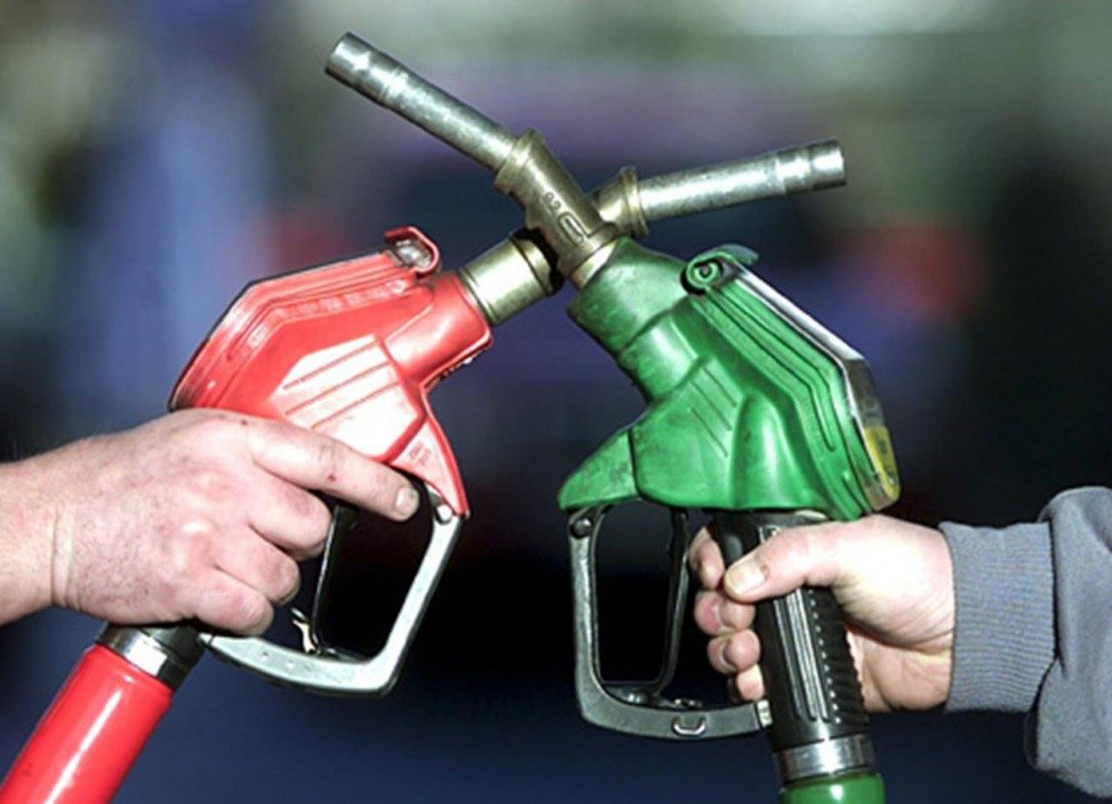 Можно ли заливать 98 бензин вместо 95?