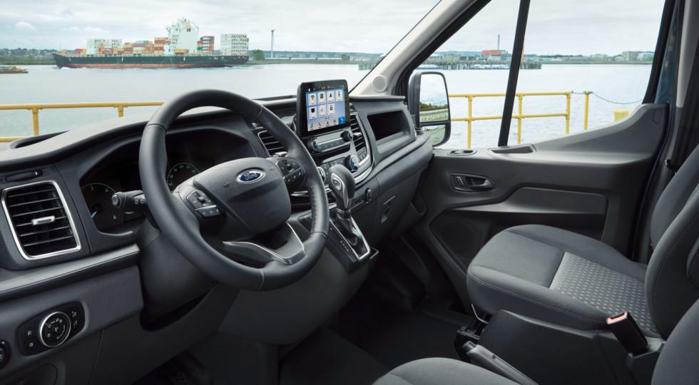 Форд Транзит 2019: новый салон и мотор