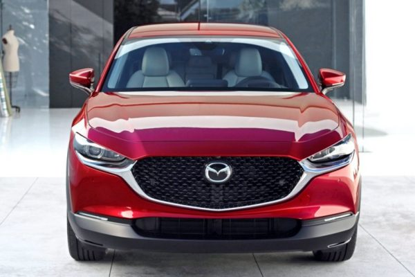03-Mazda-CX-30-2020