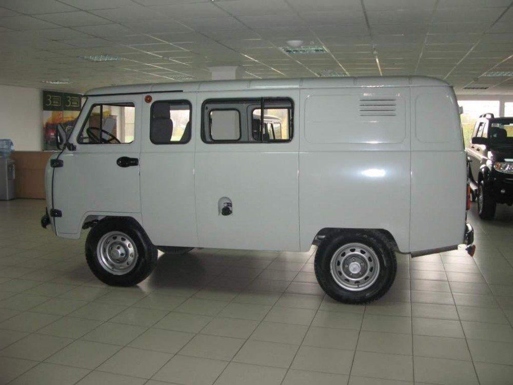УАЗ 3909 Трофи: фото, характеристики и цена