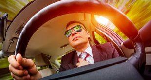 Как выбрать солнцезащитные очки для водителя?