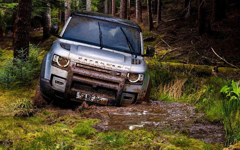 Новый Land Rover Defender: главные отличия
