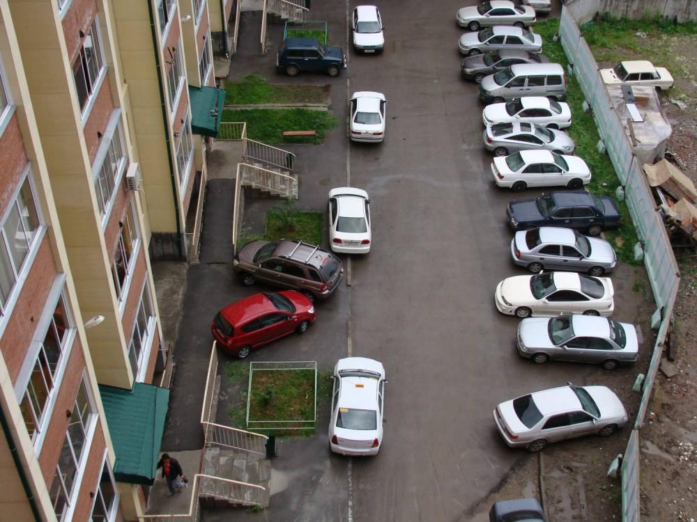 Запрет на парковку во дворах многоквартирных домов с 1 января 2020