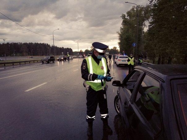 ГИБДД продолжит облавы на пьяных водителей до 15 июня